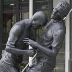 zidane-materazzi-statua_lapresse_258