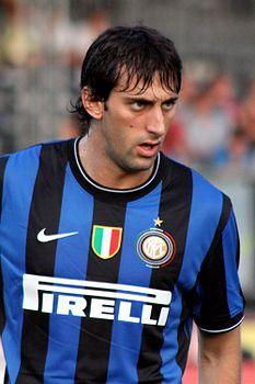 233px-Diego_Milito_-_Inter_Mailand_(3)