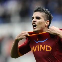 AS Roma's Argentine forward Erik Manuel