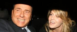 >>>ANSA/BERLUSCONI: BARBARA, FRANCESCA ACCANTO AL LEADER