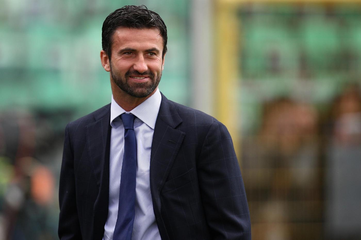 Ternana, è caos: esonerato Panucci e il ds Fabrizio Larini si dimette
