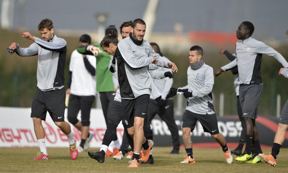 Immagini Natalizie Juve.Milan A Dubai Inter In Marocco Juve Al Lavoro A Capodanno