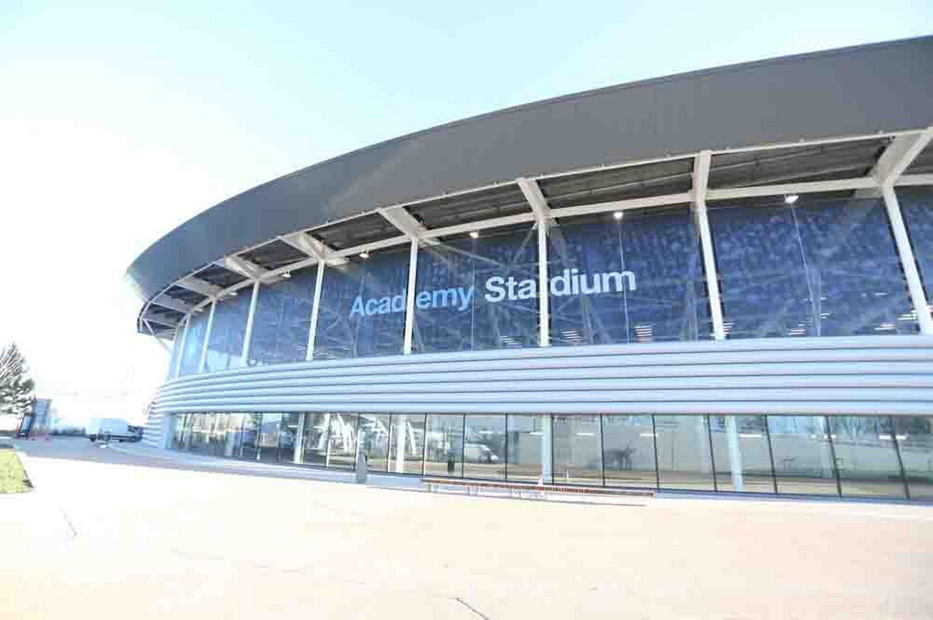 Centro sportivo manchester city uno spettacolo da 200 for Centro sportivo le piscine guastalla