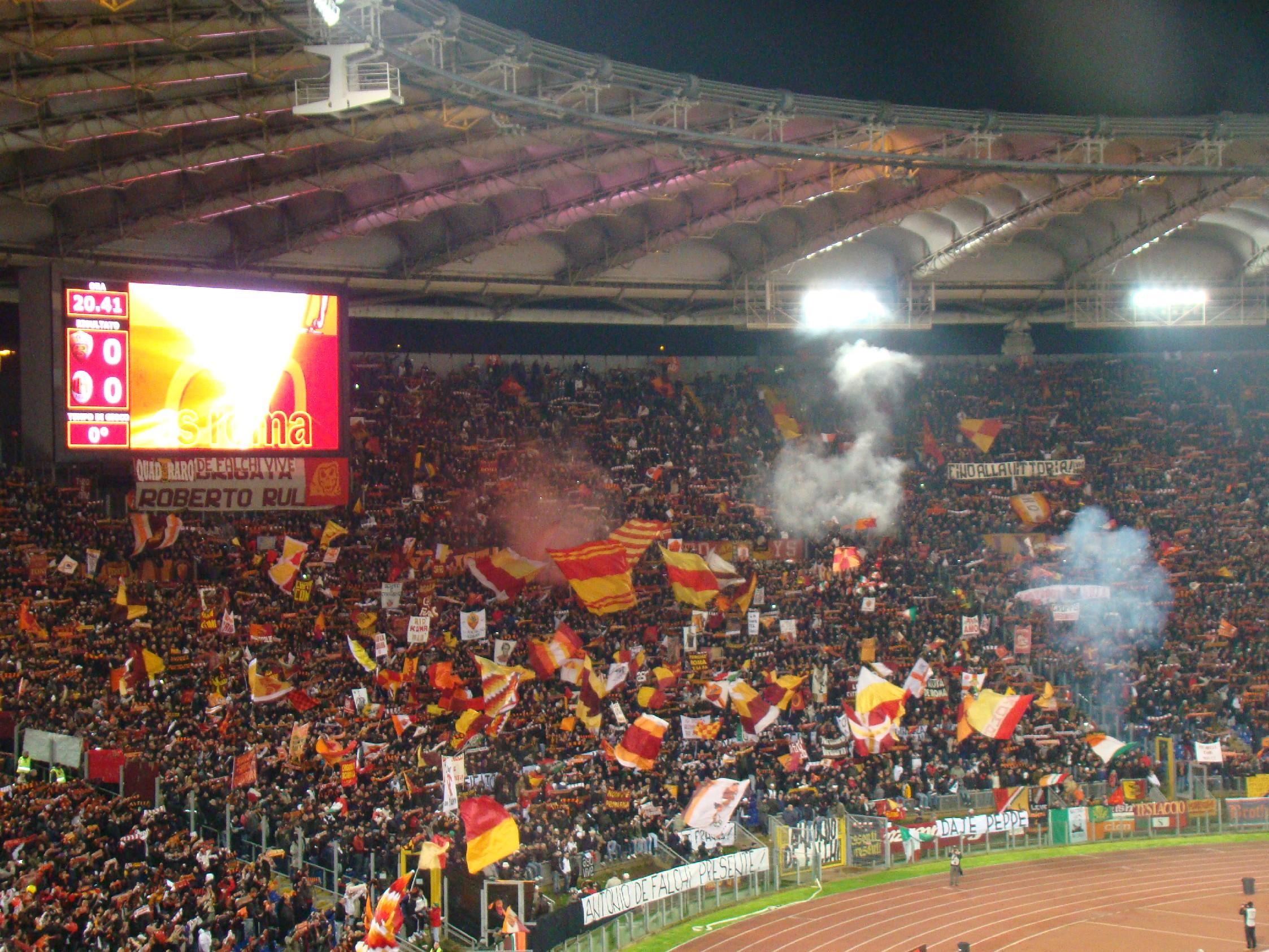 Pugno duro in Serie A: chiuse curva sud Roma e nord Lazio