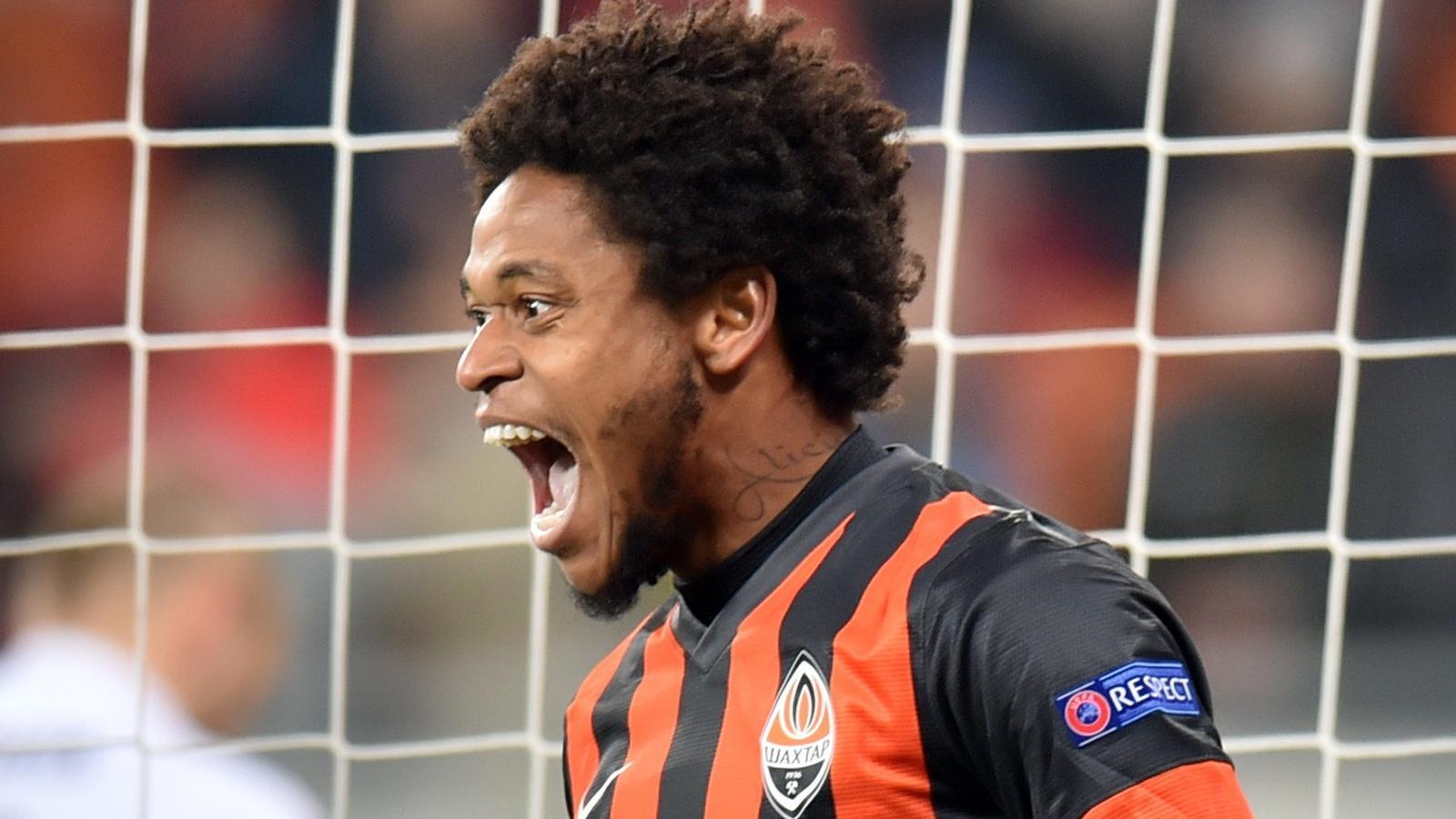 Mercato Milan ¨ ufficiale arriva Luiz Adriano