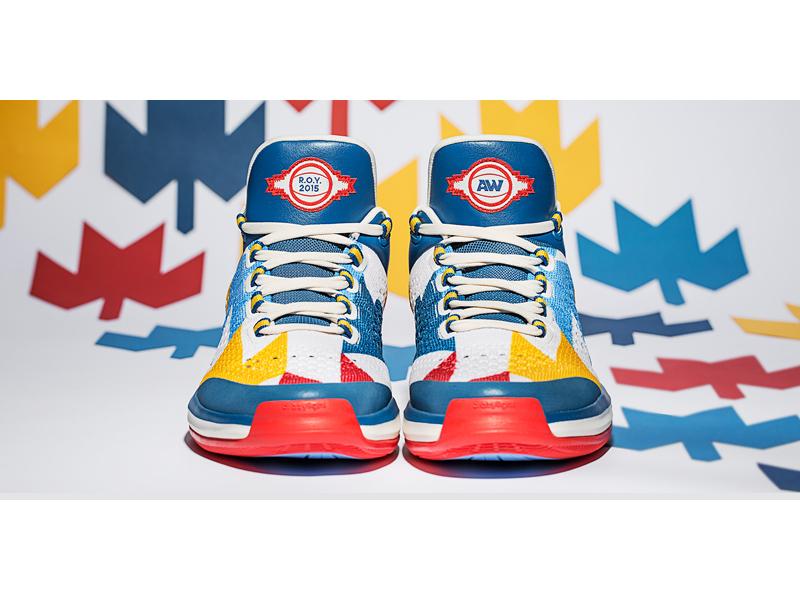 Adidas crea un paio di scarpe in onore del cestista Andrew