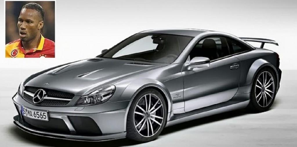 10 - DIDIER DROGBA (Mercedes SL65-AMG, 170.000 EURO)