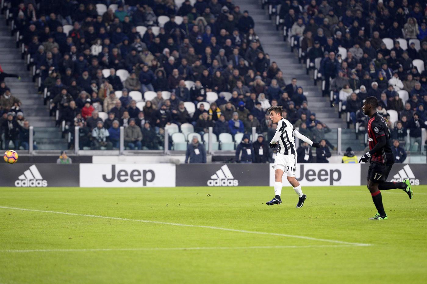 Juventus, Dybala deve sciogliere il nodo sponsor: dopo la