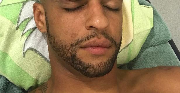Felipe Melo provoca maxi rissa in Penarol Palmeiras: pugno ad un avversario [VIDEO]