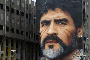 A tutto Mertens: dal paragone con Maradona agli elogi a Sarri. E sulla Juve…