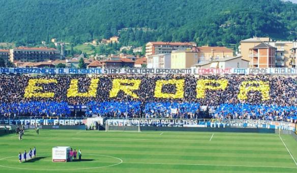 Risultati immagini per tifosi atalanta europa