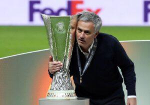 Manchester United, Mourinho fa il punto sul mercato: le intenzioni