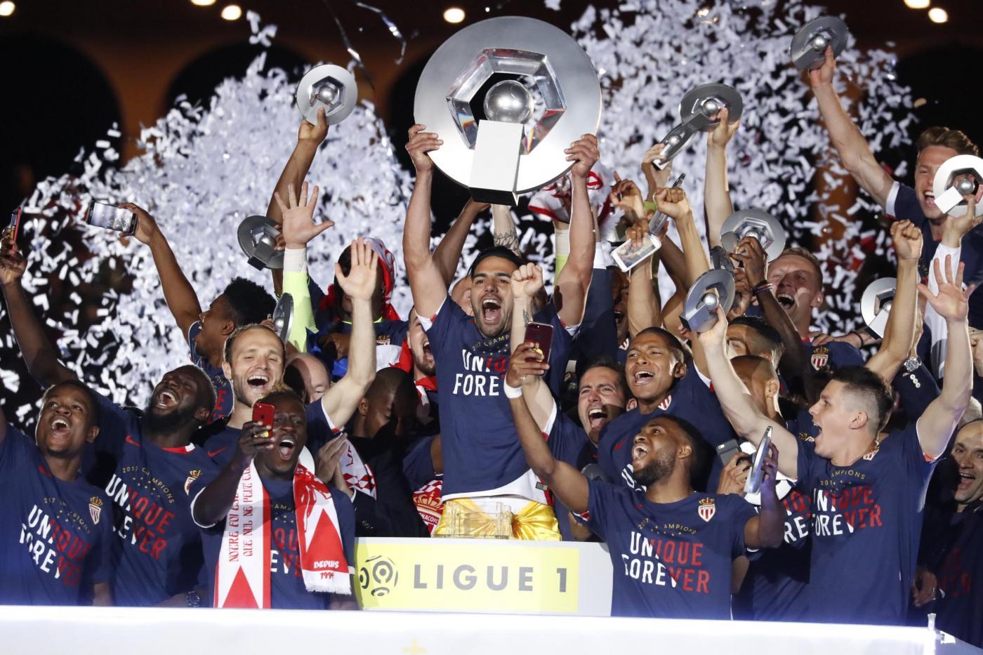 Calendario Ligue 1.Calendario Ligue 1 2017 2018 Inizio In Casa Per Monaco E Psg