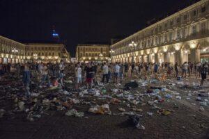 Le notizie del giorno – Le ultime sul caos di Piazza San Car