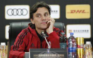 """Conferenza stampa Montella, dichiarazioni assurde: """"sto cercando l'abito giusto"""", quanto tempo dovrà ancora passare?"""