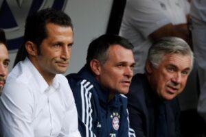 Bayern, la talpa dello spogliatoio è ancora in squadra: il ds annuncia provvedimenti