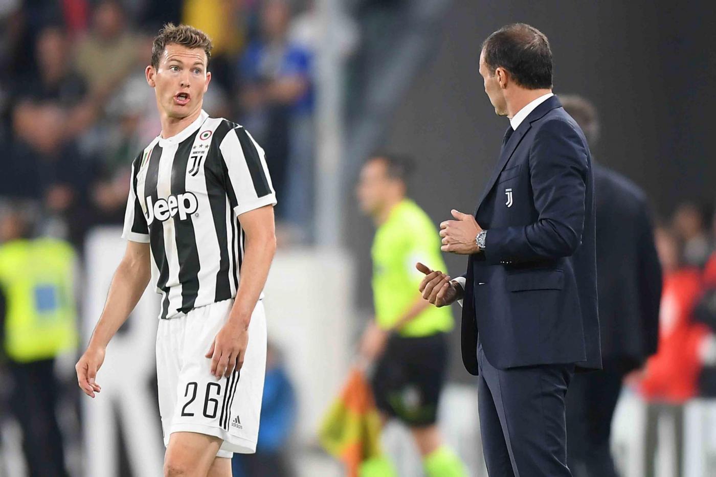 Calciomercato Juventus Ciclo Finito Per Lichtsteiner A Giugno Via Da Svincolato