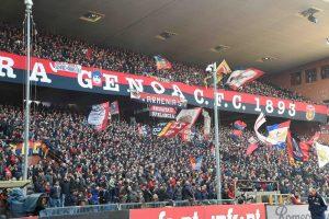 Genoa-Milan, tensione sempre più alta: striscioni nella notte dai tifosi rossoblu