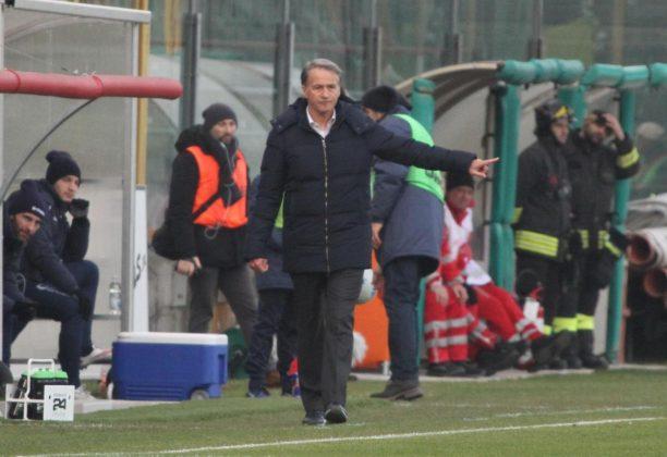 Serie B, il Frosinone domina e vola in classifica: passo falso del Parma, l'Empoli vince con il brivido ma il colpo è quello del Pescara [FOTO]