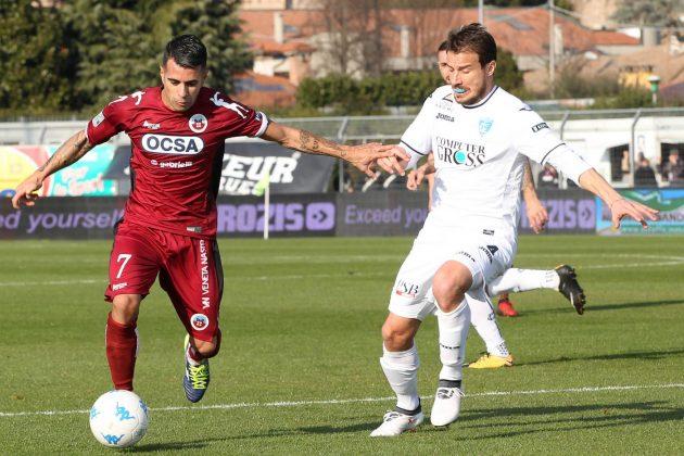 Serie B, 27^ giornata: crolla il Frosinone, sorride il Bari,