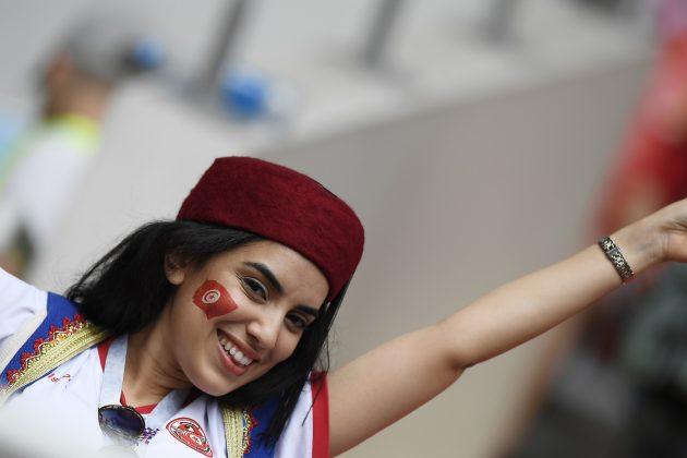 Belgio Tunisia, spettacolo sugli spalti: tifosi scatenati ed