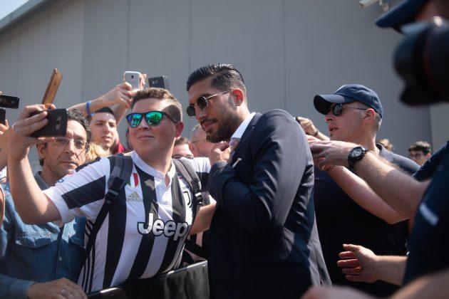Juventus, arriva Emre Can per le visite mediche: entusiasmo