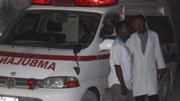 Calca dopo una partita di calcio 5 morti tra cui due bambini for Sono due in una partita di calcio