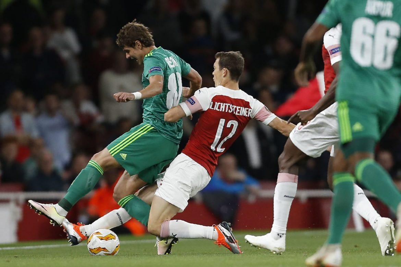 Lichtsteiner lascia Arsenal