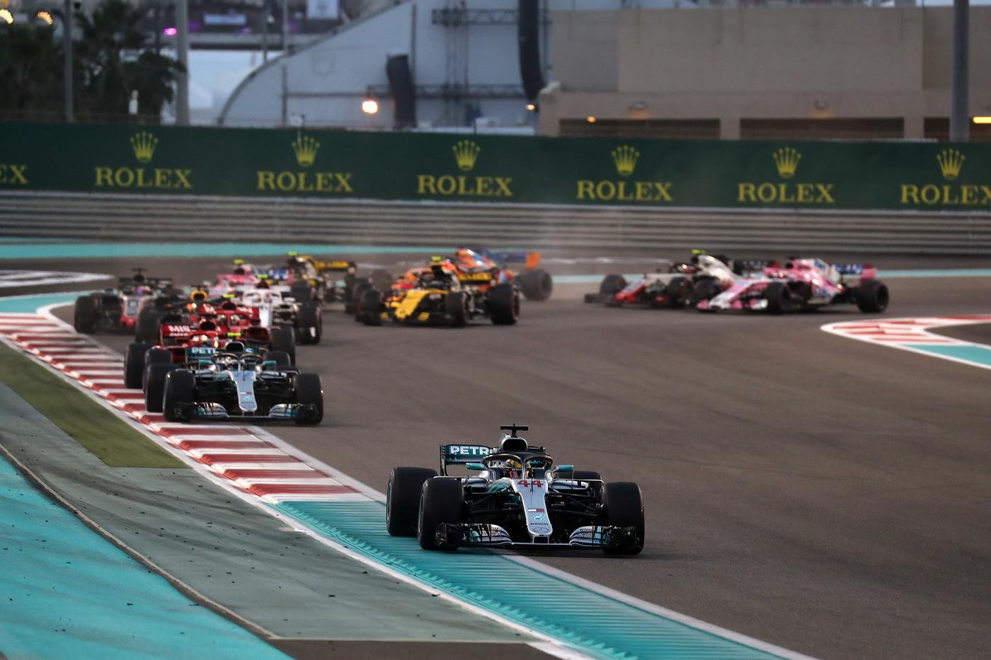 © Photo4 / LaPresse 25/11/2018 Abu Dhabi, UAE Sport Grand Prix Formula One Abu Dhabi 2018 In the pic: Start of the race