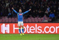 Calciomercato Napoli, il consiglio di Cannavaro per Mertens