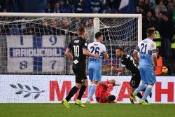 Lazio-Sampdoria 2-2    sorpassi e controsorpassi all'Olimpico    100′ di gol ed emozioni