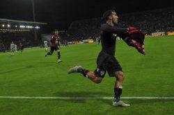 Panatta nella bufera, offese al Cagliari: il club sardo furi