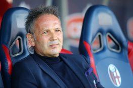 """Bologna, Mihajlovic guida la squadra dall'ospedale: """"Gara se"""