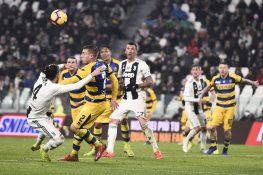 Calciomercato, le ultime: Caceres verso la Fiorentina, Defrel torna alla Sampdoria