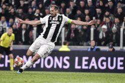 Allenatore Juventus, l'esilarante risposta di Chiellini su Sarri