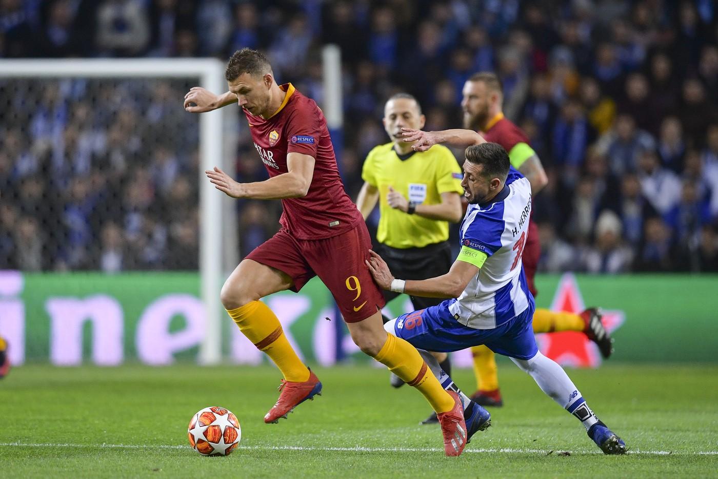 Dzeko (Foto LaPresse/AS Roma/Fabio Rossi)