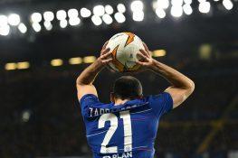 Calciomercato, le trattative del giorno: colpo della Roma, i
