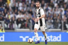 """Juventus, Pjanic: """"L'obiettivo sarà giocare palla a terra. L"""