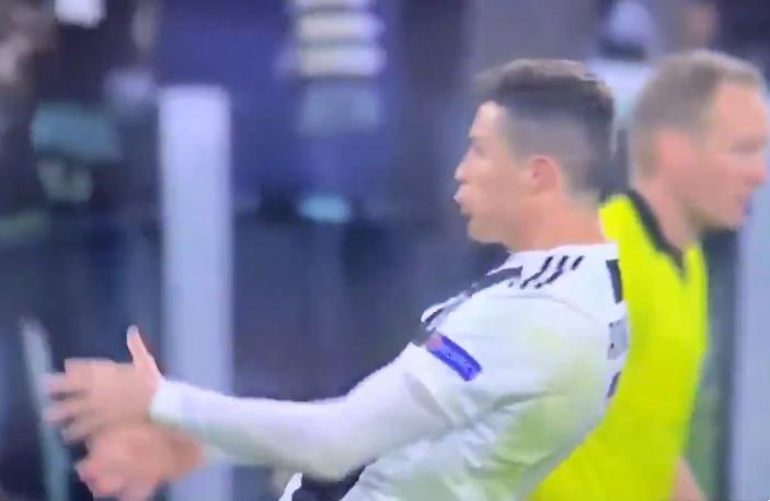 Gesto Ronaldo