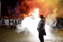 """Ultras Lazio, striscione shock: """"onore a Benito Mussolini"""" ["""