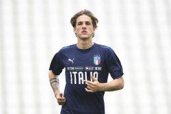 Infortunio Zaniolo |  botta alla testa per il centrocampista |  trasportato in barella