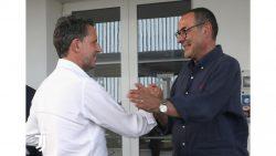 Juventus, Sarri arriva a Torino con l'abito di… Allegri [FOT