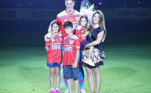 Fernando Torres lascia il calcio, il Vissel Kobe di Iniesta