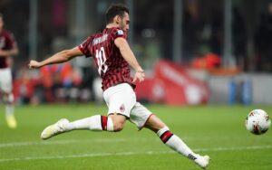 Squalificati Serie A, le decisioni del giudice sportivo: out in 13, Milan nei guai