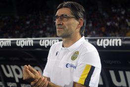 Il Verona gioca, il Milan vince: basta Piatek su rigore, dec
