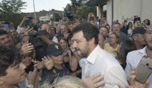 """Salvini ancora shock contro Balotelli: """"gli italiani hanno problemi più ..."""