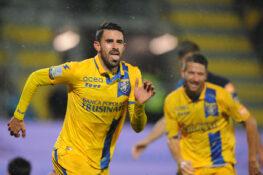 Risultati Serie B    12^ giornata    il Frosinone regola il Chievo e si rilancia    la