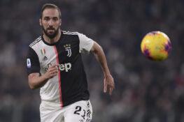 Juventus-Milan |  le pagelle di CalcioWeb |  Szczesny muro |  Higuaallin |  che succede a