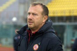 Livorno, ufficiale l'esonero di Breda: Filippini ad interim,