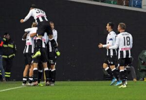 Coppa Italia    l'Udinese strapazza il Bologna    poker dei friulani    felsinei non pervenuti